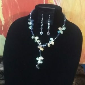 Aerodecent Necklace & Earrings